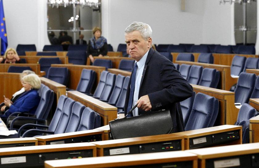 Poseł z PO siedzi, senator z PiS wolny. To jest sprawiedliwość?