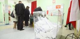 Szwajcarzy do głosowania przez pocztę szykowali się dwa lata, a PiS chce to zrobić w 6 tygodni!