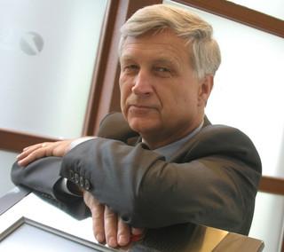 Kuczyński: Przyczyną wzrostu gospodarczego jest tsunami pieniądza do kieszeni konsumenta