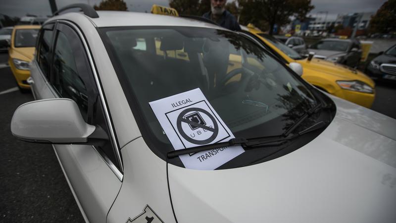 Grecja wprowadzi ograniczenia dla Ubera