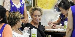 Tak odmładza się Sharon Stone!