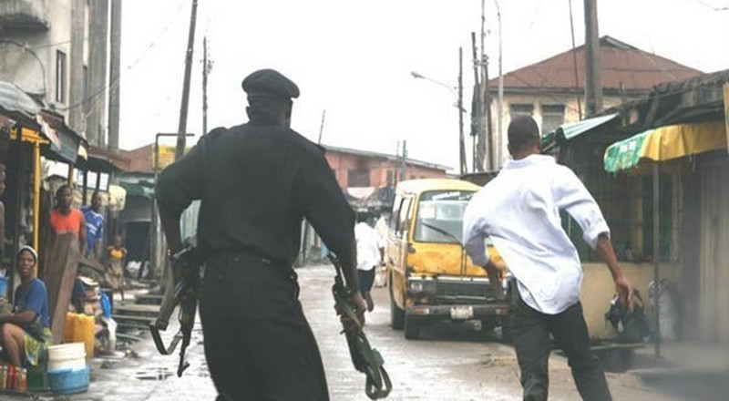 Police arrest 5 during clash between rival gangs at Aguda in Lagos