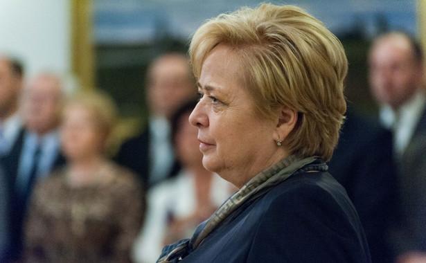 """Małgorzata Gersdorf została mniej korzystnie potraktowana (perspektywa pozbawienia sprawowania funkcji) niż osoby znajdujące się w porównywalnej sytuacji. Dotknęła ją zatem dyskryminacja w """"życiu politycznym"""""""
