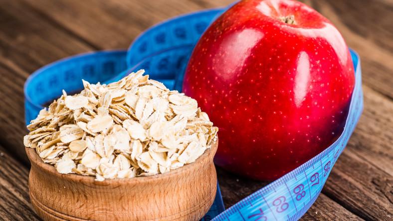 Jabłko i płatki owsiane