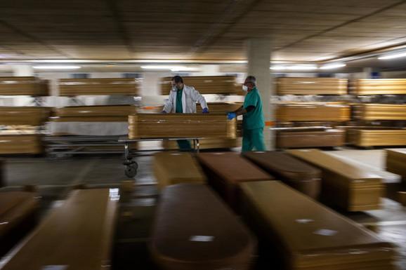Broj mrtvih u Španiji je trenutno 13.798 osoba