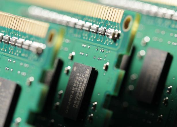 Państwa UE będą chciały przeznaczyć na produkcję chipów ok. 50 mld euro