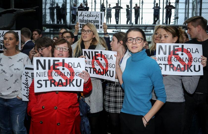 Strajk w PL LOT