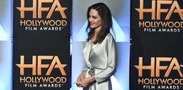 Angelina Jolie specjalnie nie założyła stanika?