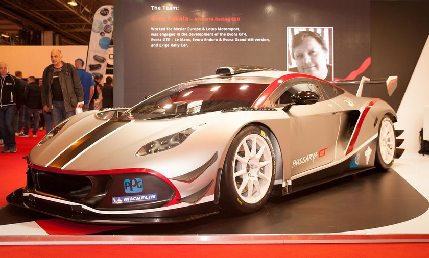 Arrinera Hussarya GT. Polskie Ferrari gotowe do jazdy