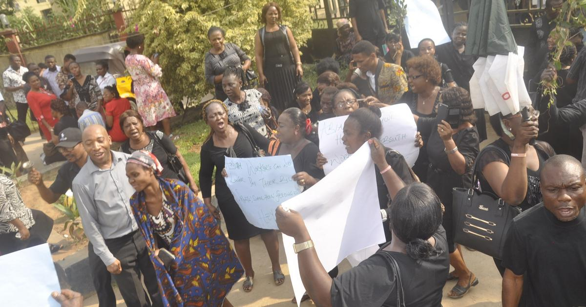 Abia workers protest non-payment of salary