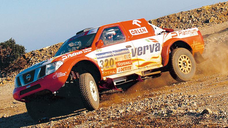 """""""Hołek"""" przetestował nowy samochód na Rajd Dakar"""