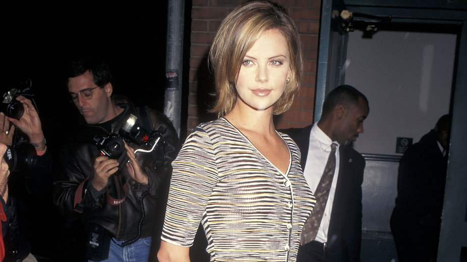 Charlize Theron w 1996 r.