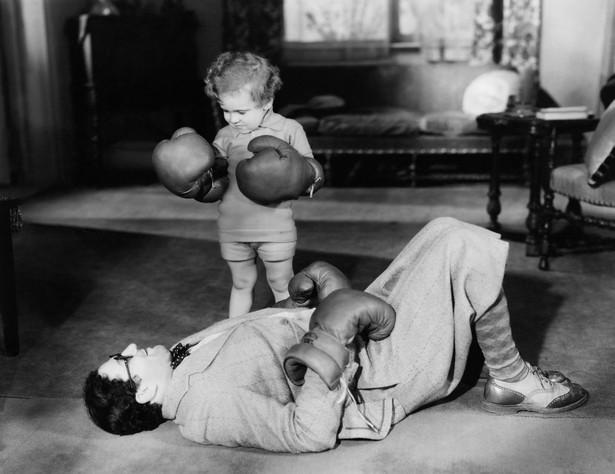 Mężczyzna pobity przez dziecko