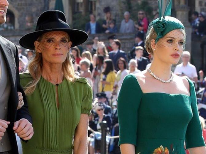 Ove dve dame na kraljevskom venčanju pod ruku je držao ROĐAK PRINCA HARIJA. On je nova OPSESIJA udavača širom sveta i izgleda kao Apolon