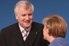 Moram nešto da ti objasnim:Horst Zehofer i Angela Merkel