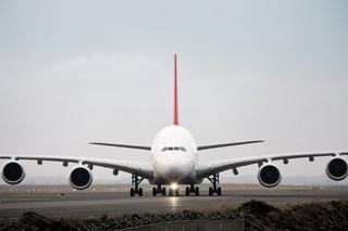 Oto największe samoloty pasażerskie na świecie. Czy liniom opłaca się utrzymywać gigantyczne maszyny?