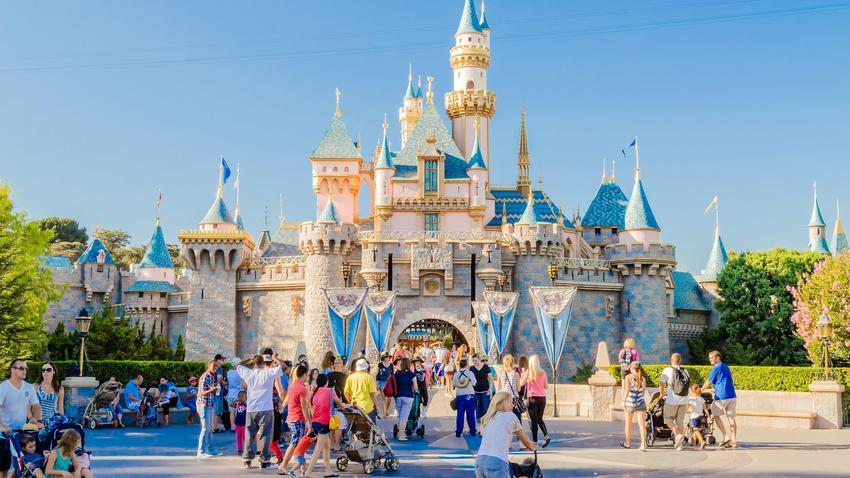 Połączyć się w Disneylandzie