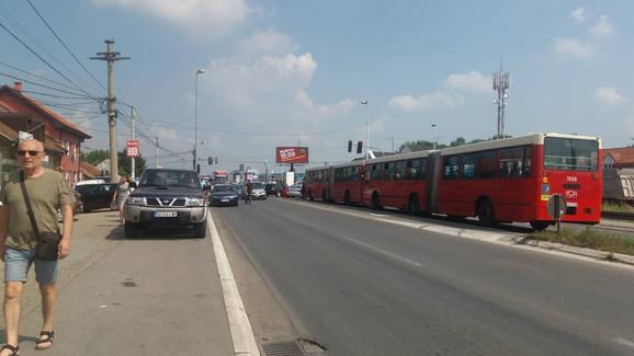 Blokirana i vozila gradskog prevoza