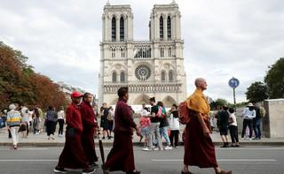 Okolice Notre Dame zanieczyszczone ołowiem? Paryżanie oskarżają władze o bagatelizowanie problemu