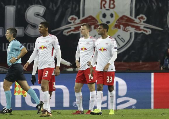 Fudbaleri Lajpciga tokom meča Lige šampona sa Bešiktašem