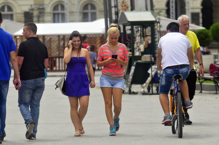 Novi Sad02 toplota u gradu foto Robert Getel