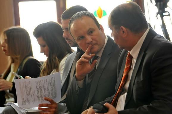 Puno započeo: Razlozi Nešićeve ostavke za sada nepoznati