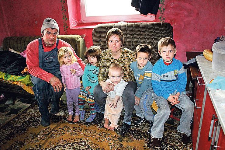 Porodica je živela u nehumanim uslovima