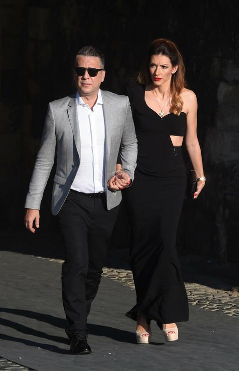 Jovana Joksimović pola godine nakon porođaja pokazala stomak na svadbi Anje Stojković! FOTO