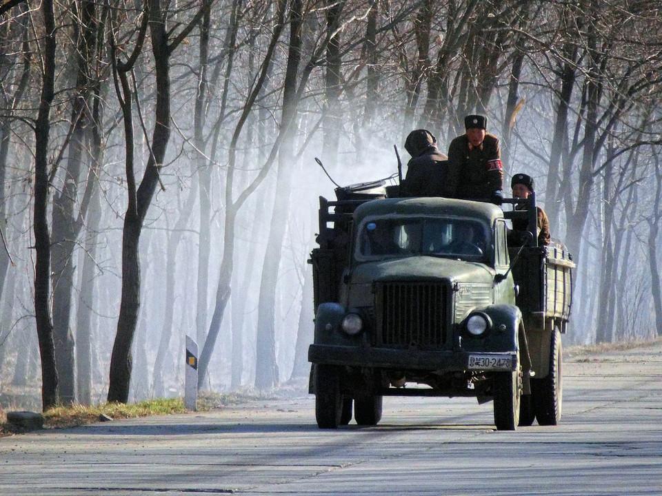 Автомобили северной кореи фото