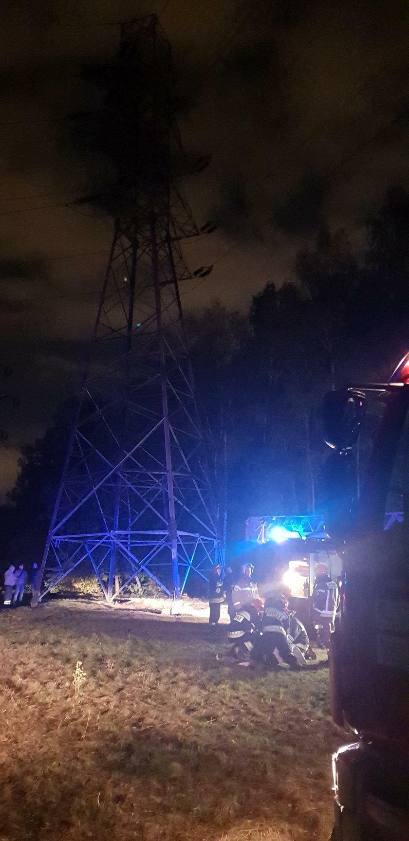 Łódź: mężczyzna porażony prądem na słupie wysokiego napięcia