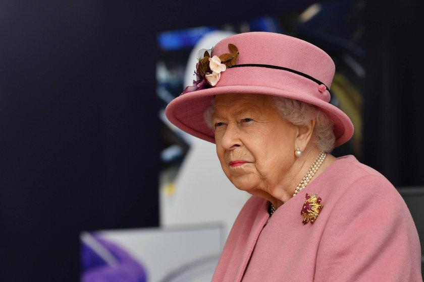 Meghan Markle i książę Harry zdradzili sekrety Windsorów