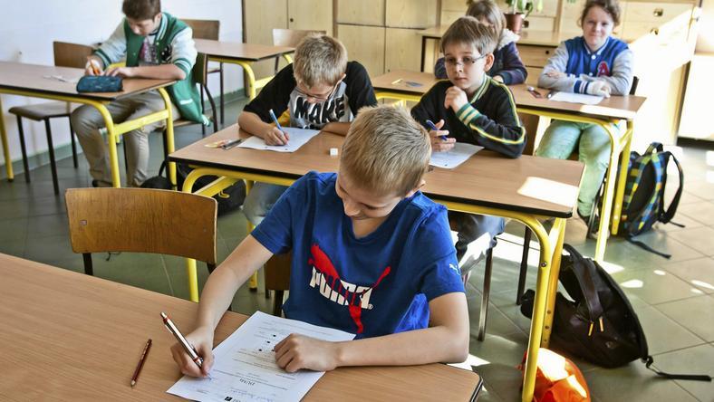 W środę wchodzą nowe przepisy dot. odraczania obowiązku szkolnego