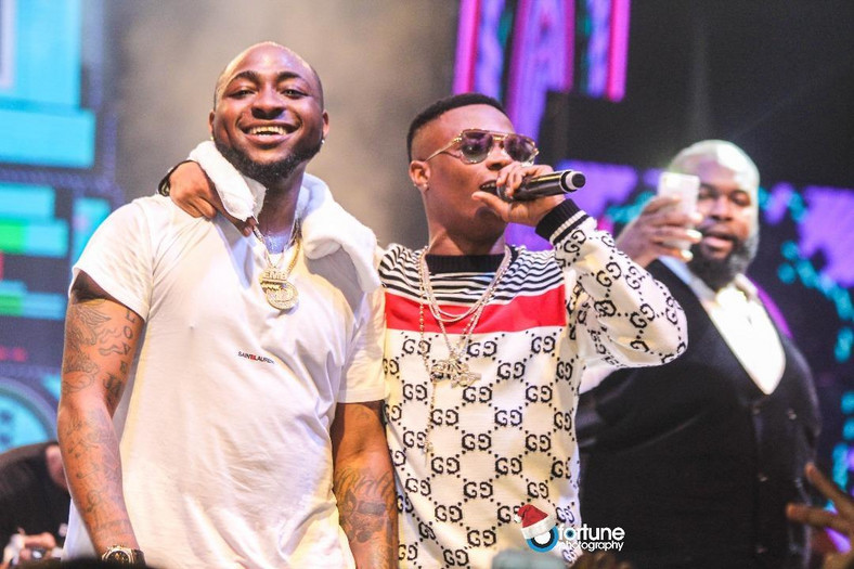 According to Instablog9ja, a fight erupted among the members of both stars. It was also reported that Wizkid was assaulted by one of the members of Davido's crew. (Daily Post)