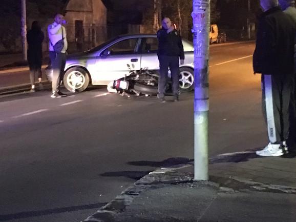 Saobraćajna nezgoda u Borči u kojoj je povređena žena