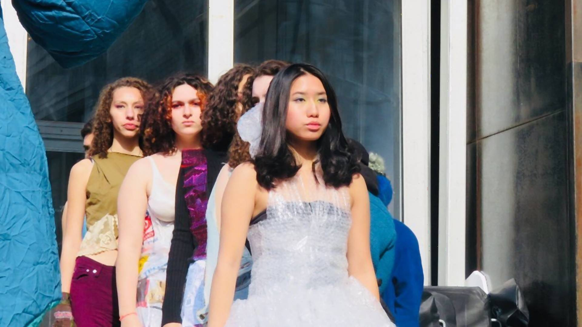 Extinction Rebellion wirft eigene Fashion-Show in New York