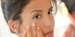 Prostowanie włosów majonezem. Najgłupsze porady kosmetyczne z sieci