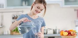 Czy warto pić wodę z kranu? Jest wiele argumentów na jej korzyść
