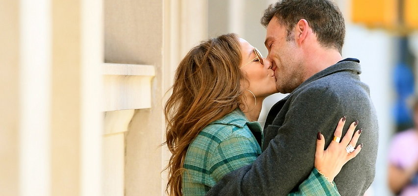 Jennifer Lopez i Ben Affleck w czułych objęciach. Czy tym razem dojdzie do ślubu?