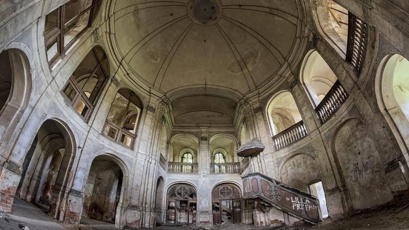 Opuszczony kościół ewangelicki w Goszczu