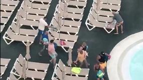 Brytyjscy turyści już o 8 rano biegną zajmować leżaki