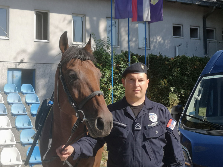 Nemanja Pavlović policajac