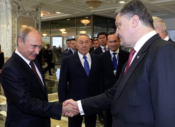 Spotkanie Putin-Poroszenko w Mińsku. Fot. EPA/SERGEI BONDARENKO / POOL
