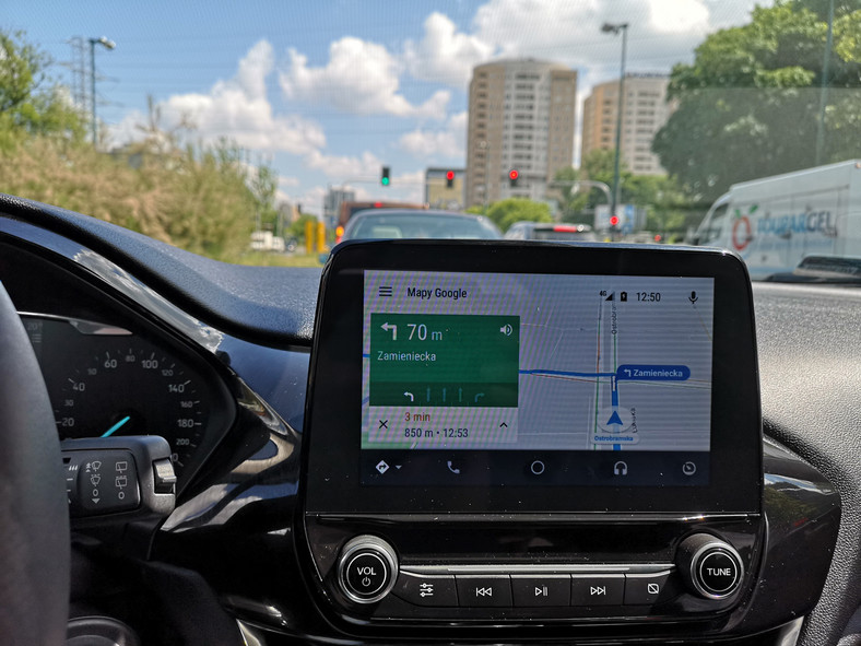Google Maps w Android Auto