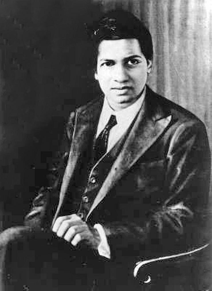 Srinivasa Ramanujan foto wikipedia