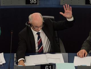 Janusz Lewandowski: 'PiS zachowuje się jak obrażony bachor' [WIDEO]
