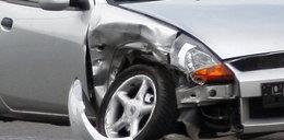Wypadek pożyczonym samochodem bez OC! Jakie są konsekwencje?
