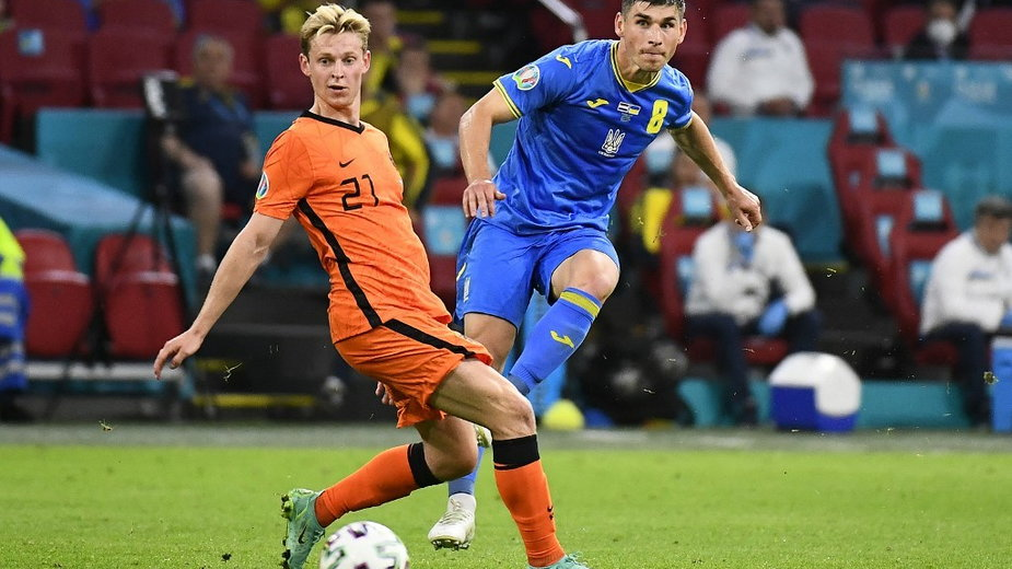 Frenkie de Jong (z lewej), 13.06.2021 r.