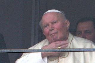 Kardynał Amato: nie można przewidzieć daty kanonizacji Jana Pawła II