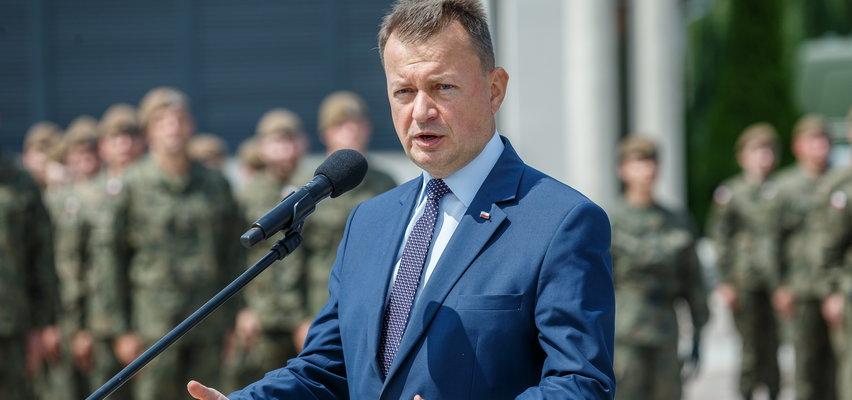 Minister Błaszczak zapowiada podwyżki dla wojska. Ile zarabia żołnierz?