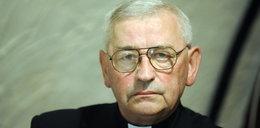 Oburzony biskup Pieronek: Podatek od nieboszczyków? Bzdura i nadużycie!